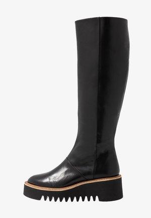 BRIANA - Støvler m/ kilehæl - black