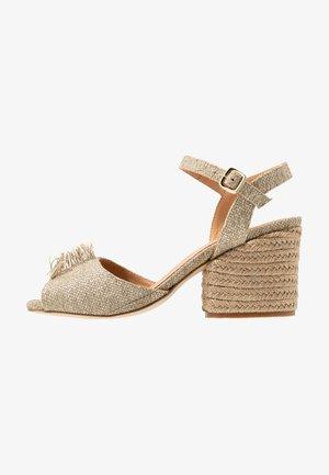 KIERSTEN - Sandals - natural