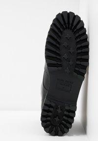 Paloma Barceló - ANETTE - Platform ankle boots - black/green - 6