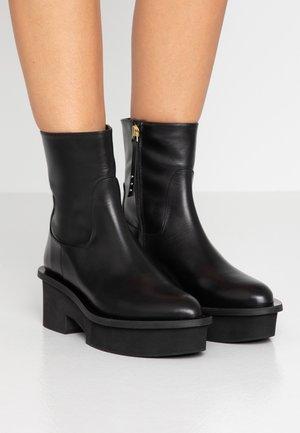 NADINE - Kotníkové boty na platformě - black