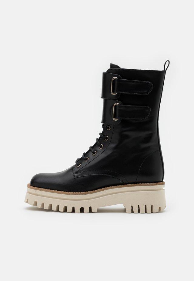 FUNCHAL - Platåstøvler - black
