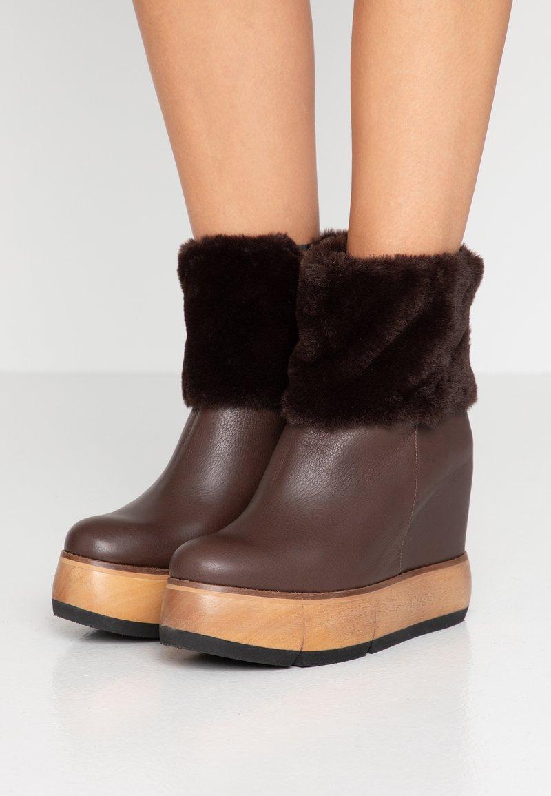 Paloma Barceló - VILTE  - High Heel Stiefelette - dark brown