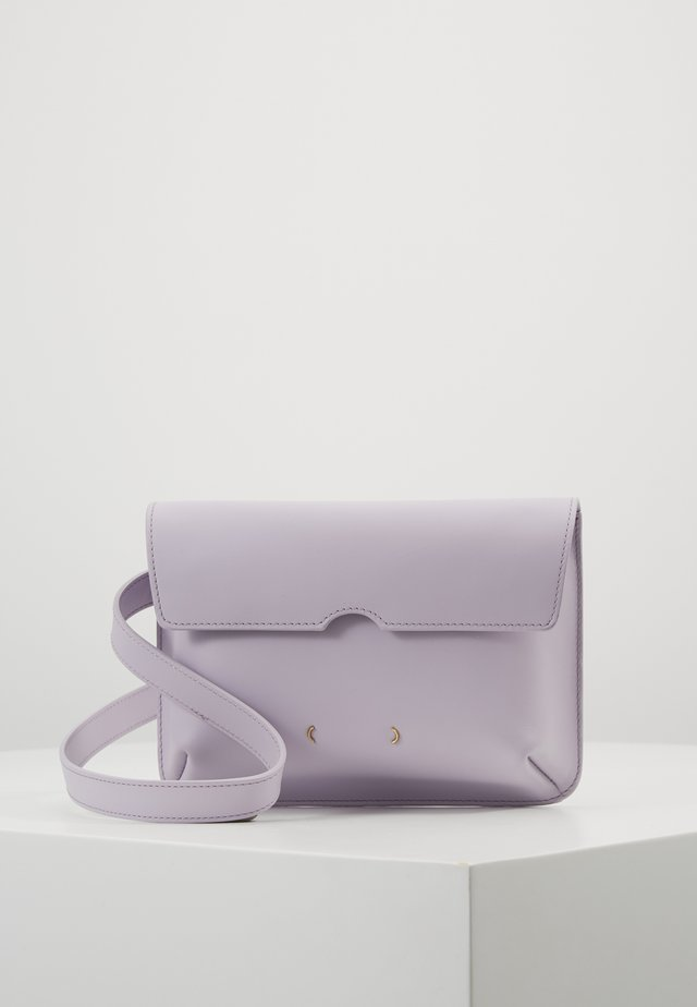 Gürteltasche - light violet