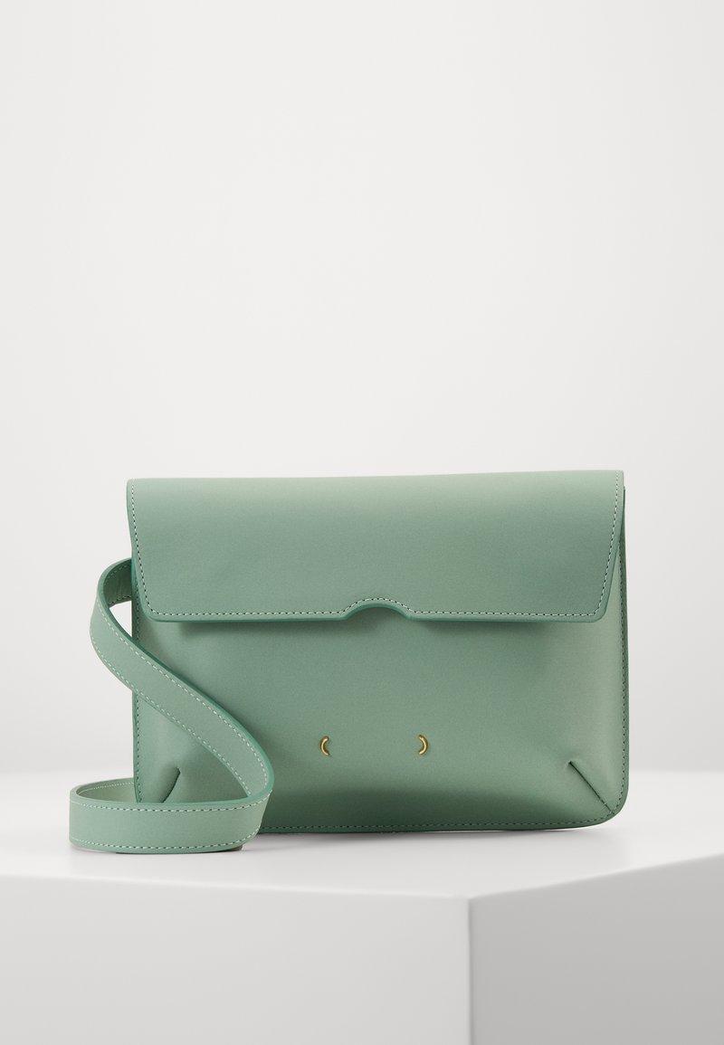 PB 0110 - Bum bag - jade