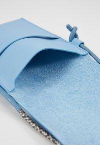 PB 0110 - Taška spříčným popruhem - baby blue - 3