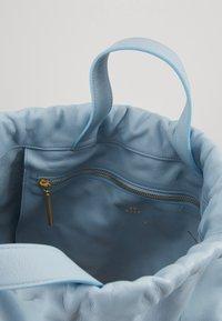 PB 0110 - Batoh - baby blue - 5