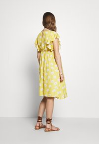 Paulina - YELLOW DREAMS - Korte jurk - yellow - 2