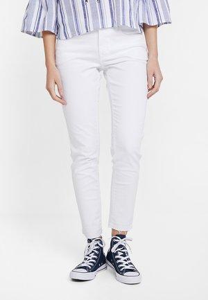 ELMA FRESH - Jeans Skinny Fit - white
