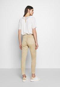 Opus - ELMA FRESH - Jeans Skinny Fit - soft ginger - 2