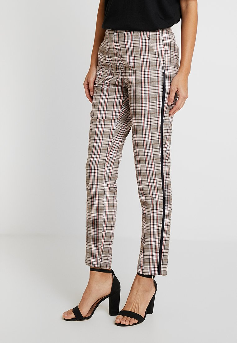 Opus - ETTE COLOR CHECK - Stoffhose - paradise red