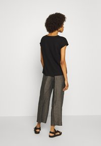 Opus - MARITTA - Trousers - oliv tree - 2