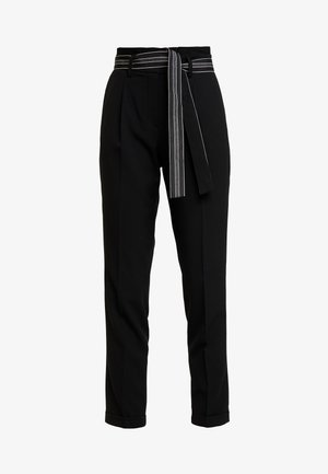 ENCHI STRIPE BELT - Stoffhose - black