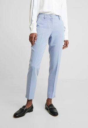 MARTA - Pantalones - morning blue