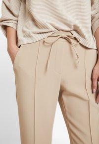 Opus - MONI - Pantalones - soft ginger - 5