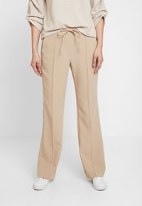 Opus - MONI - Pantalones - soft ginger - 0