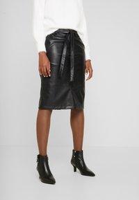 Opus - RINO - Pouzdrová sukně - black - 0