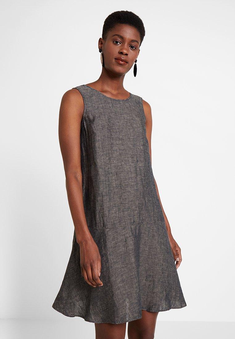 Opus - WOLINE - Korte jurk - grey