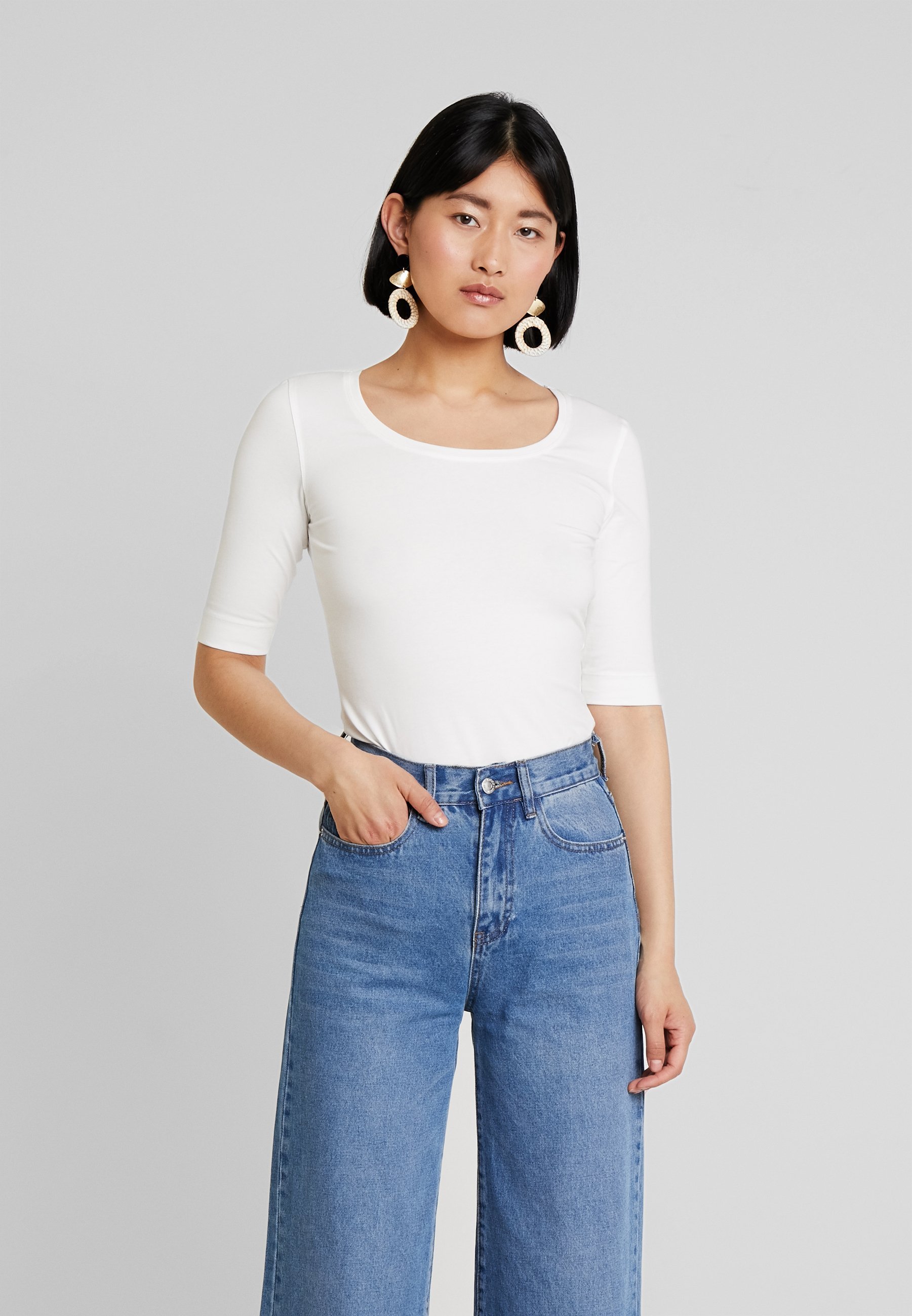 DailyT Opus DailyT Basic Milk Opus Basic Milk Opus shirt shirt DailyT 1cTlFJuK3