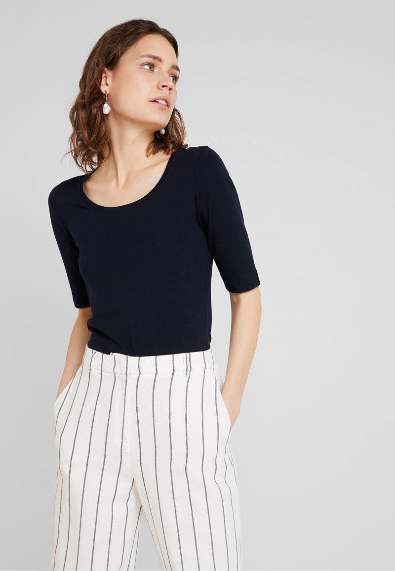 Opus - DAILY - Jednoduché triko - simply blue
