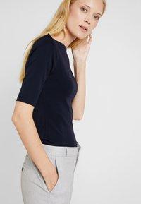 Opus - DAILY - Jednoduché triko - simply blue - 4