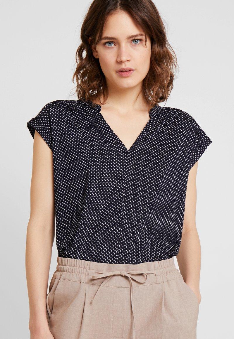 Opus - SANDI MINIFLOWER - T-shirt con stampa - simply blue