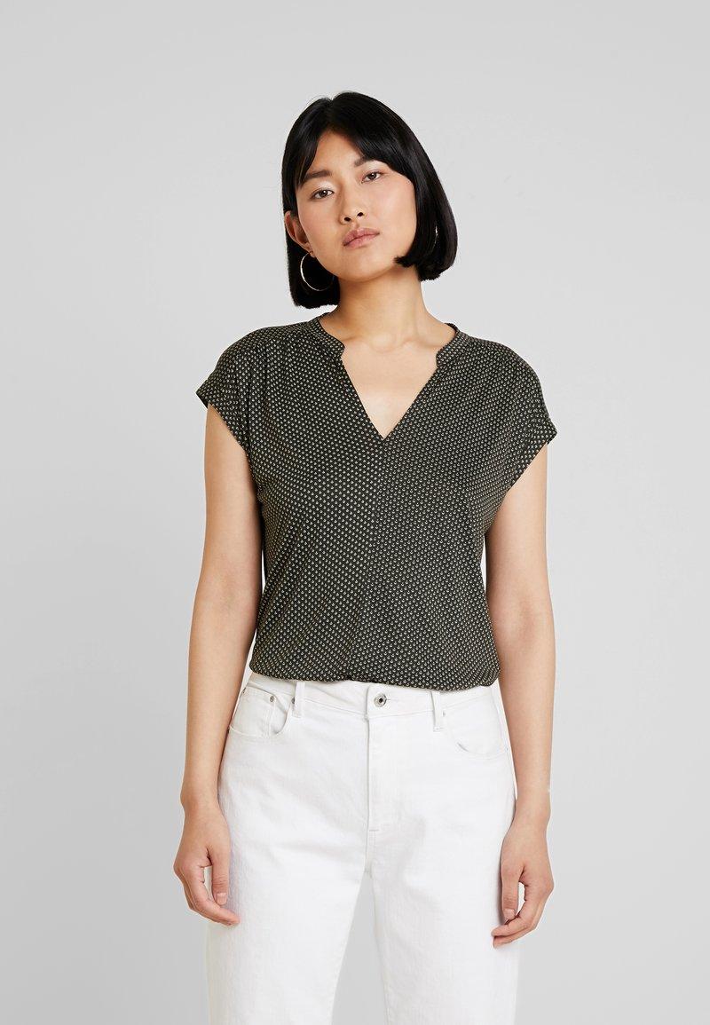 Opus - SANDI MINIFLOWER - T-Shirt print - oliv green