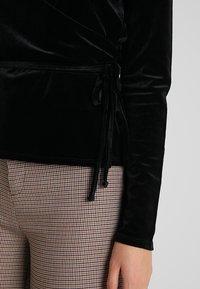 Opus - SENDOLA - Langærmede T-shirts - black - 5