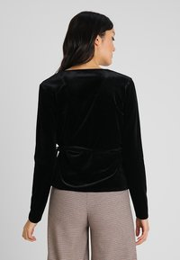 Opus - SENDOLA - Langærmede T-shirts - black - 2
