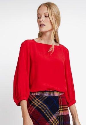 FARRIE - Bluser - true red