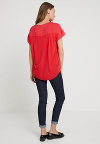 Opus - SKITA - Bluser - true red - 2