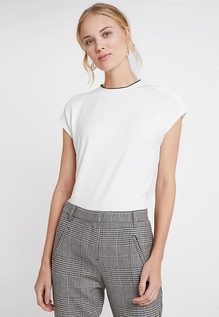 Opus - SUDELLA - Basic T-shirt - milk