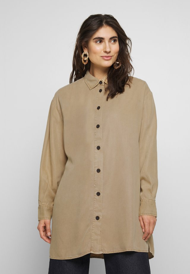 FARLE - Button-down blouse - soft ginger