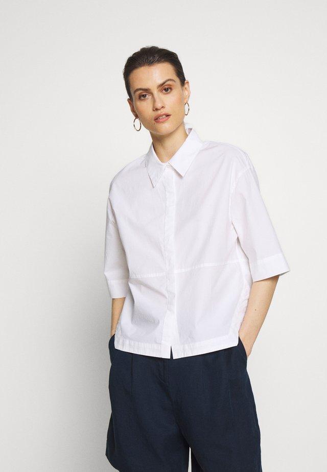 FRIEDI AWARE - Skjortebluser - white