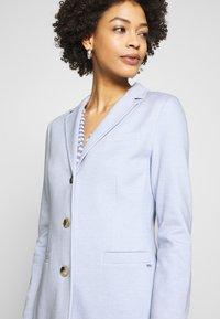Opus - HALINI SPECIAL - Krátký kabát - morning blue - 4