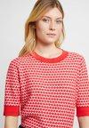 Opus - POTTINE - T-Shirt print - paradise red