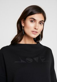 Opus - GINNI LOVE - Sweatshirt - black