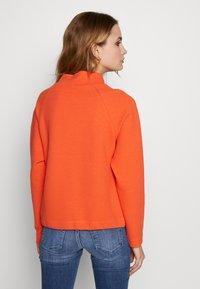 Opus - GULANI - Sweater - fresh coral - 2