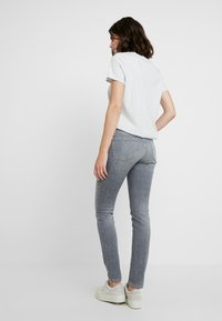 Opus - ELMA - Jeans Skinny Fit - fresh grey - 2