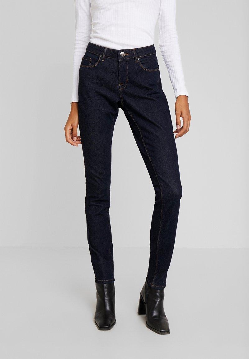 Opus - ELMA - Slim fit jeans - rinsed blue