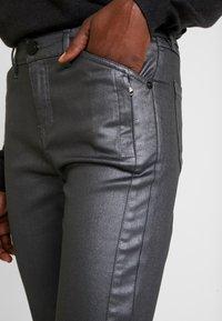 Opus - EMILY - Jeans slim fit - hazy fog melange - 5