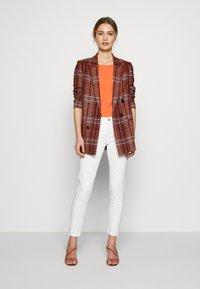 Opus - ELMA 7/8 GLITTER - Jeans Skinny Fit - white - 1