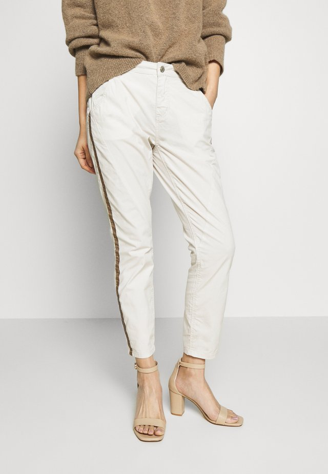 LETTY COLOR TAPE - Jeansy Skinny Fit - beige
