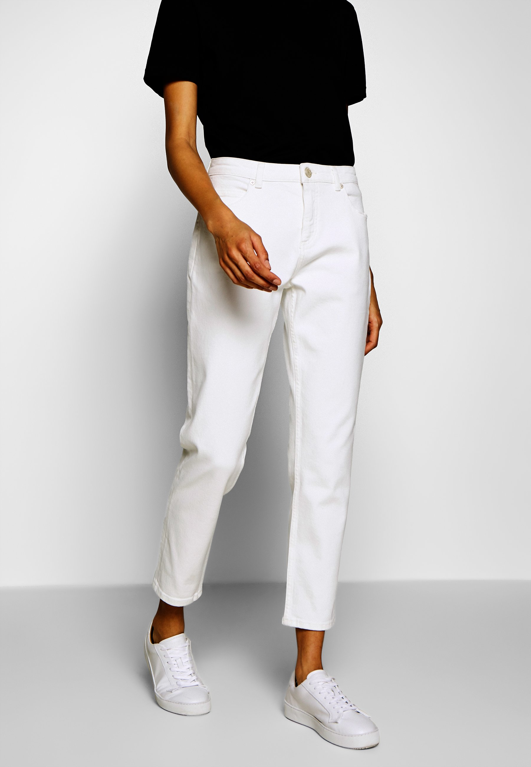 Opus LUCY - Jeansy Relaxed Fit - offwhite denim