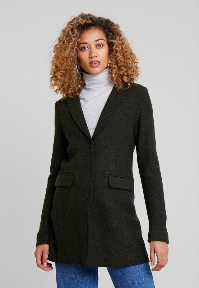 HAIBA - Krátký kabát - oliv green