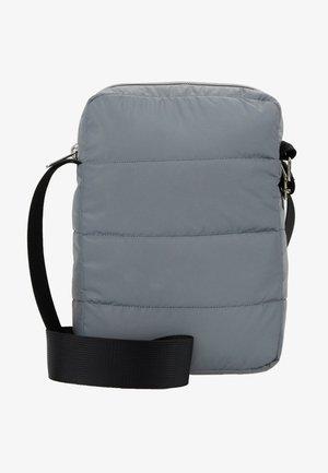 ARADI BAG - Across body bag - hazy fog melange