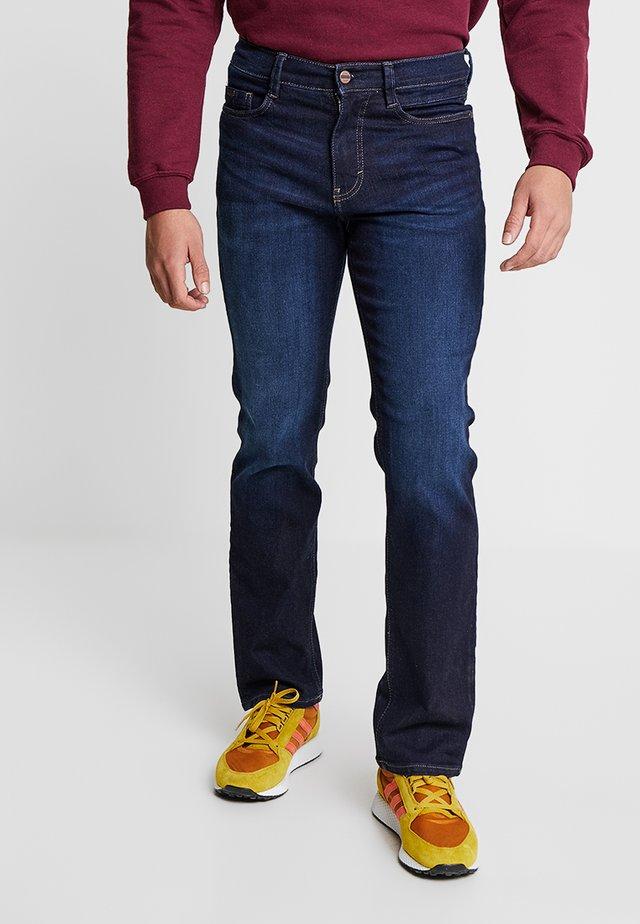 RANGER - Straight leg jeans - blue rinse