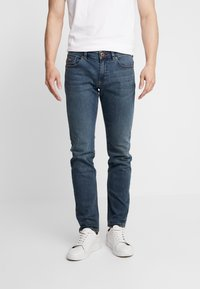 Paddock's - DEANVINTAGE - Slim fit jeans - medium stone - 0