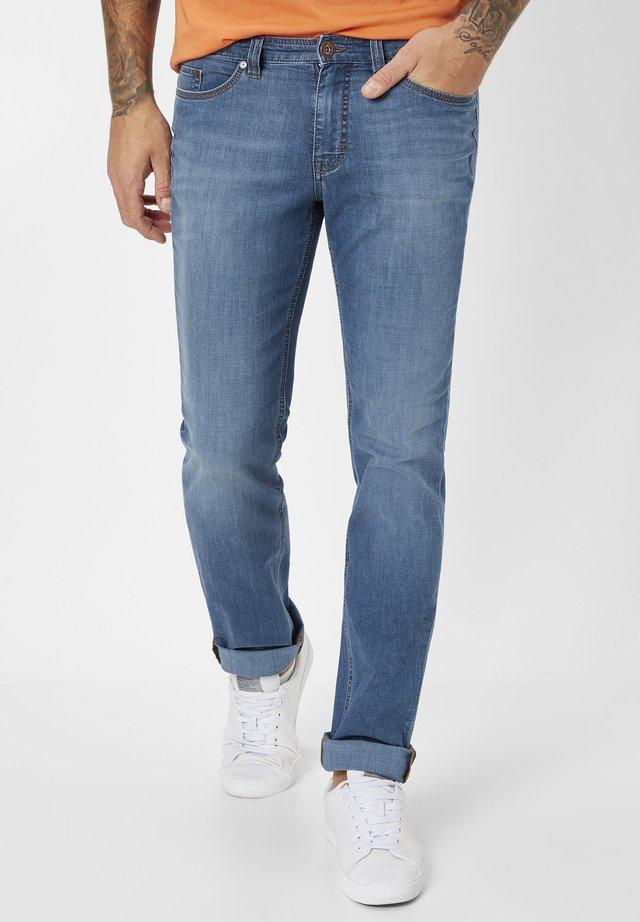 Straight leg jeans - medium stone used