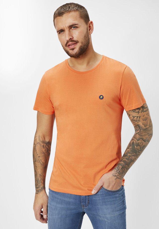 Basic T-shirt - orange pepper