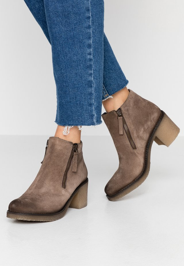 Ankle boots - taupe